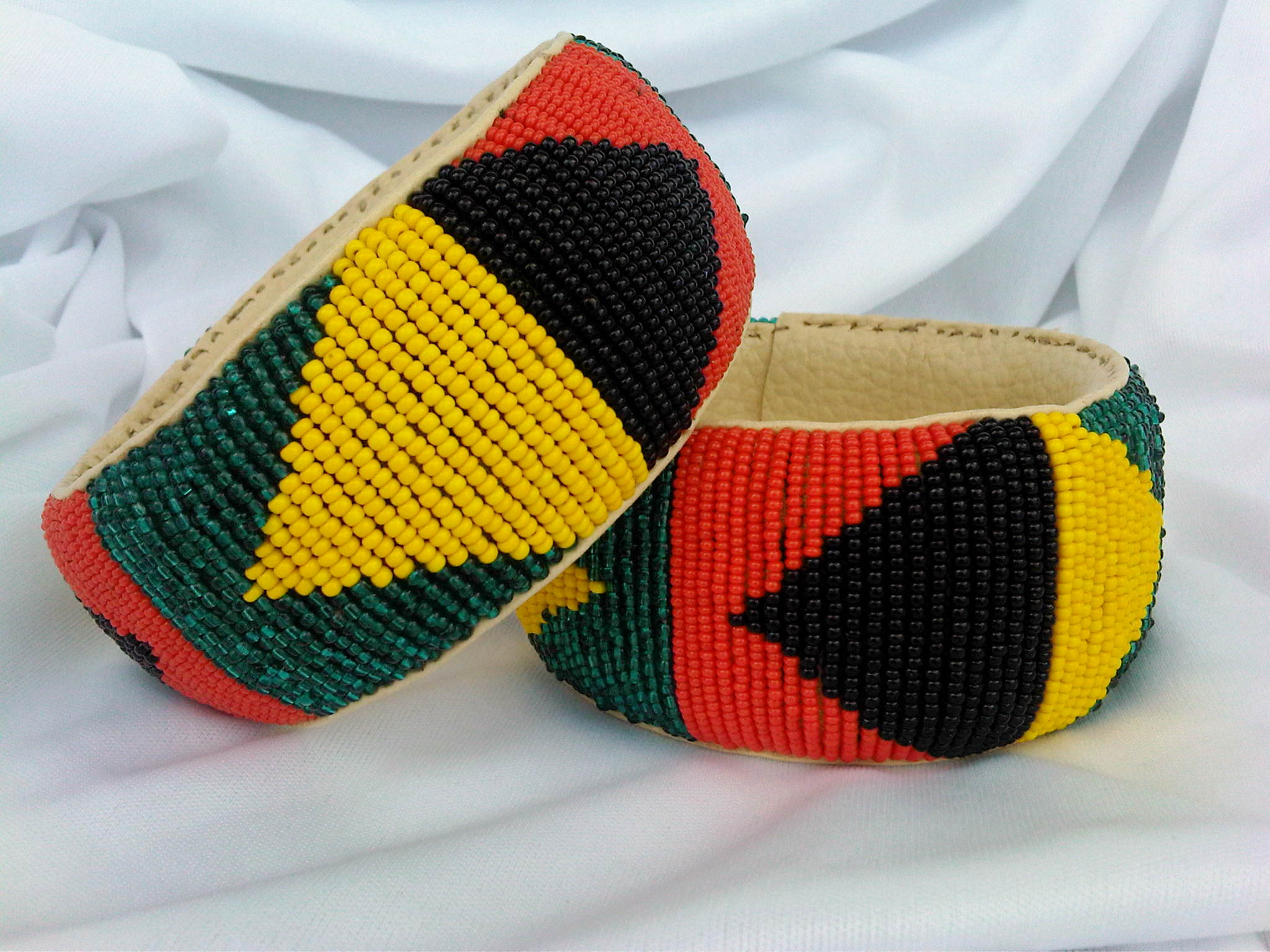 Beaded Bracelets – African Patterns -Triangles – Planet Thrifto